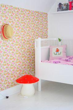 by.bak kids room, retro vintage wallpaper, mushroom lamp and JUNO vintagebed