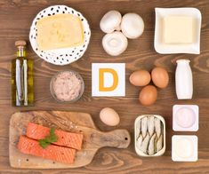 What is vitamin D and how is it linked to UVB? Learn how to get more vitamin D and how other vitamins and supplements may help with psoriasis. Vitamin D Test, Vitamin D Foods, Vitamins For Hair Growth, Hair Vitamins, Vitamin D Mangel, Hair Fall Control, Vitamin D Supplement, Vitamin D Deficiency, Mast Cell