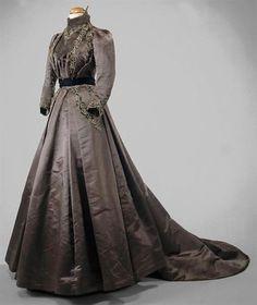 Dress ca. 1890-1900