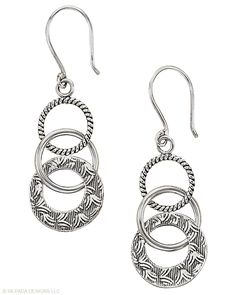 Silpada Sterling Silver Circle Link Earrings  One of my Favorites! Got these from my momma-wear them all the time!