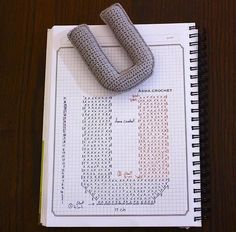 Alfabeto crochet - U Crochet Gratis, Crochet Diy, Crochet Fabric, Crochet Amigurumi, Crochet Home, Amigurumi Patterns, Crochet Diagram, Crochet Chart, Crochet Motif