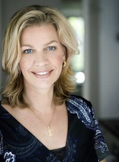 Annejet van der Zijl, Dutch writer. Writers And Poets, Dutch, Om, Writers, Authors, Dutch Language