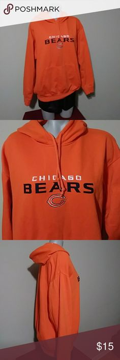 Chicago Bears hoodie Chicago Bears hoodie. 60%cotton 40% polyester. Size L nfl Sweaters