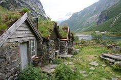 Grassed huts, Urasetra, Norway