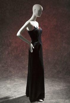 Vestido Thierry Mugler, coleção de Inverno 1997