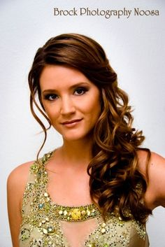 Long curled side hair style, sexy natural makeup. - weddingsabeautiful