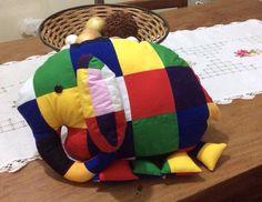 Elmee, o elefante colorido - projeto Cores e Formas