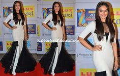 Sonakshi went for an offbeat look at the Zee Cine Awards wearing a Gauri and Nainika gown.