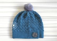 FREE CROCHET PATTERN ~ The Faya slouch hat is an easy crochet pattern that can be completed in just a few hours and makes a lovely, stylish hat for those cool fall days Free Form Crochet, Crochet Adult Hat, Crochet Beanie Pattern, Easy Crochet Patterns, Hat Patterns, Crochet Ideas, Knitting Patterns, Quick Crochet, Unique Crochet