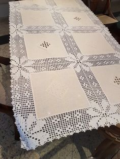Crochet Lace Edging, Crochet Borders, Crochet Doilies, Crochet Patterns, Filet Crochet Charts, Bed Spreads, Projects To Try, Quilts, Blanket