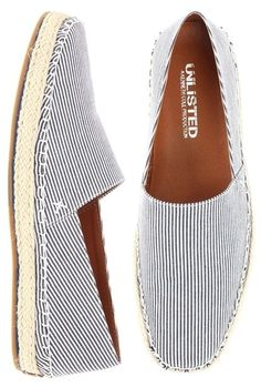 Kenneth Cole Unlisted Keep Drill-ing: $48.00 40% Off! (MSRP 80.00)  On those long, lazy weekends, sport your casual-cool style with this comfortable pair and keep drilling, chilling and relaxing until Monday!