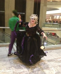 questionablespider:  yoshiofyellow:  rangerkimmy:  AWESOME URSULA SHE MADE IT ALL HERSELF  Holy hell she's absolutely gorgeous that is amazi...