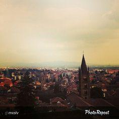 #Torino raccontata dai cittadini per #inTO Foto di @mxslv #bigcity #twilight #torino via @PhotoRepost_app #igdaily #igtravel #ig_turin_