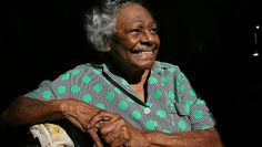 Australian Aboriginal rights activist, Faith Bandler has died in a nursing home in Sydney, at the age of Aboriginal History, Aboriginal People, Saints And Sinners, Good People, Amazing People, Football Pictures, Colorful Paintings, Couples In Love, Women In History