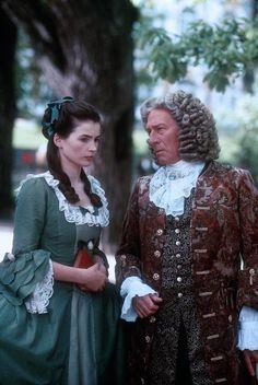 Catherine the Great and Sir Charles Williams - Julia Ormond and Christopher Plummer in Young Catherine (TV mini-series Julia Ormond, Two Movies, Great Movies, Christopher Plummer Young, Tv Spielfilm, Catherine The Great, Catherine Zeta Jones, Period Costumes, 18th Century