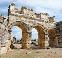 Hierapolis-Pamukkale-Denizli