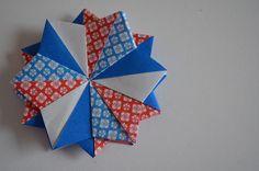 Origami Star - Designer: Carmen Sprung