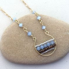 cool DIY Bijoux - Lisa Yang's Jewelry Blog: 5 DIY Projects with Handmade Wire Hoops ~ Wire Jew...