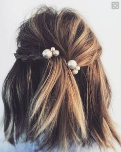 Short, straight hair? No worries, some cute baubles and braids can spice up and romanticize any hair type!