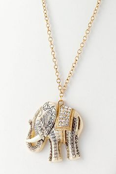 Special Elephant Pendant Necklace