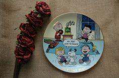 Charlie Brown DANBURY MINT Beagle Beat PEANUTS PLATE Snoopy Woodstock Dance