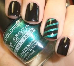 I love this! You can make this look by painting your nails the teal color, then places thin cut strips of paint on top, painting the top color, letting it dry completely, and peel off the tape!! Great!