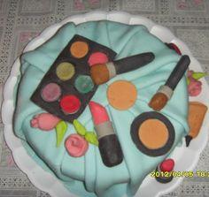 Dera Guimarães Bolos Decorados: Bolo maquiagem
