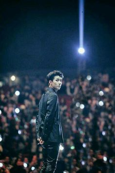 image by kpop. Discover all images by kpop. Find more awesome sehun images on PicsArt. Sehun And Luhan, Exo Chanyeol, Rapper, Kim Minseok, Xiuchen, Exo Members, Boy Bands, Memes, Fangirl