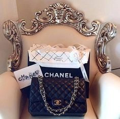 hype-nd-luxury:  Hype and luxury blog Up to 80% off in the last trends of tumblr with cheap prices   ♛he•dreams•of♛