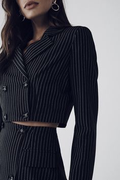 Suit Fashion, Look Fashion, Korean Fashion, Fashion Dresses, Edgy Outfits, Cute Casual Outfits, Vetements Clothing, Mode Kpop, Cropped Blazer