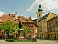 Huet Square. Sibiu. Romania Sibiu Romania, Bucharest, City Break, Portuguese, Spanish, Wanderlust, Mansions, Country, House Styles