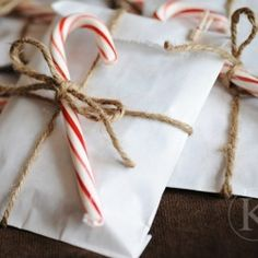 A Crafted Christmas: {Ideas for DIY Giftwrapping No 2}