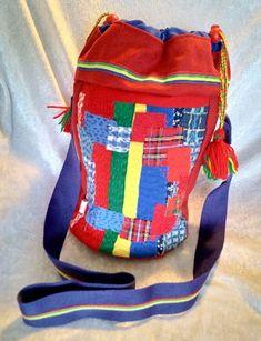 Veske med samisk inspirert dekor. Arts And Crafts, Backpacks, Bags, Handbags, Gift Crafts, Women's Backpack, Totes, Art And Craft, Hand Bags