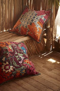 Floor Cushions Anthropologie : 1000+ images about Meditation and yoga room on Pinterest Meditation rooms, Floor pillows and ...