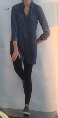 I love this outfit from head to toe! Chambray tunic with black legging and sneakers-super comfy and stylish. Tunics With Leggings, Winter Leggings, Black Leggings, Chambray Tunic, Head To Toe, Work Fashion, Winter Outfits, Tunic Tops, Stylish