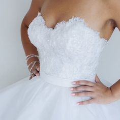 It's all about the fit and detail!!!!!#weddingdress #wedding #lace #like#love#bridetobe #bride#me