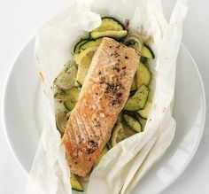 Salmon & Zucchini Baked In Parchment