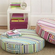 Get floor cushions ideas and inspiration for your home at different places. Gallery of Floor cushions, floor cushion seating, floor seating ideas living room and floor seating cushions ikea. Floor Seating Cushions, Cushions Ikea, Living Room Cushions, Outdoor Seat Cushions, Floor Pillows, Round Cushions, Outdoor Seating, Cama Da Hello Kitty, Round Floor Pillow