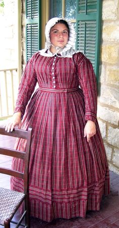 Cotton wash dress - a nice way to add detail by using stripes in the fabric and placing them horizontally. Victorian Fashion, Vintage Fashion, Victorian Gothic, Gothic Lolita, Gothic Fashion, Victorian Costume, Victorian Dresses, Gothic Steampunk, Steampunk Clothing