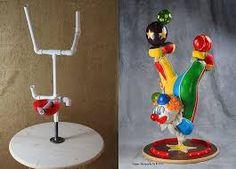 """Résultat de recherche d'images pour """"structure gateau geant"""" Anti Gravity Cake, Gravity Defying Cake, Cake Decorating Techniques, Cake Decorating Tutorials, Cake Dog, Clown Cake, Cake Structure, Circus Cakes, Fondant Figures Tutorial"""