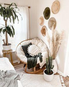Cute Bedroom Decor, Room Ideas Bedroom, Living Room Decor, Bedroom Inspo, Boho Room, Room Decor Boho, Wall Decor, Aesthetic Room Decor, Room Inspiration