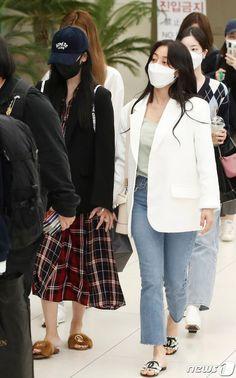 Tweets con contenido multimedia de misa •ᴗ• (@misayeon) / Twitter South Korean Girls, Korean Girl Groups, Multimedia, Park Ji Soo, Twice Korean, Twice Album, Chou Tzu Yu, Jihyo Twice, Japanese Names