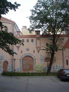 Замок с драконом-the castle with dragon. graphitty. SAINT PETERSBURG. Russia