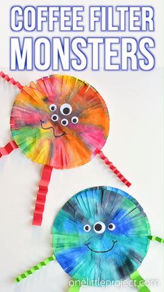 These coffee filter monsters are SO FUN to make and they look amazing! They'd look great hung up on the wall or window! This is such a fun Halloween craft for kids. It would also be a great craft for Manualidades Halloween, Fun Halloween Crafts, Fun Crafts For Kids, Art For Kids, Spooky Halloween, Halloween Decorations, Infant Halloween, Kids Diy, Spring Craft For Toddlers