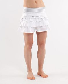 adorable running skirt. Lululemon nails it every time.