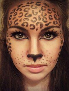 Klasse Fasching Make-up Idee: Leoparden Schminke. Noch mehr Ideen gibt es auf www.Spaaz.de