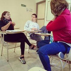 Tomando en mesa.de examen en el #profesorado de #natacion
