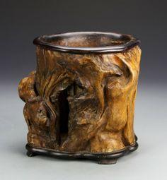CHINESE BRUSH POTS | Chinese Handmade Tree Root Brush Pot : Lot 541