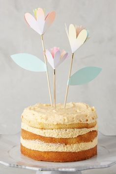 Cute cake toppers!