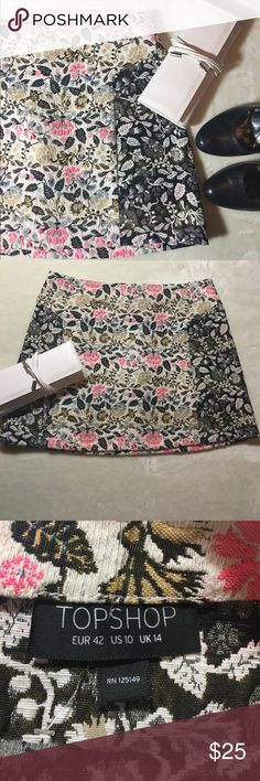 Top shop Topshop mini skirt. US size 10! I'm selling this for a friend but really wish it was my size. Topshop Skirts Mini